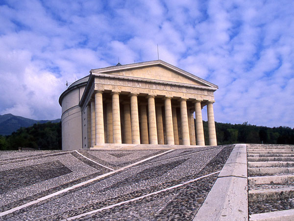 Tempio Canoviano a Possagno